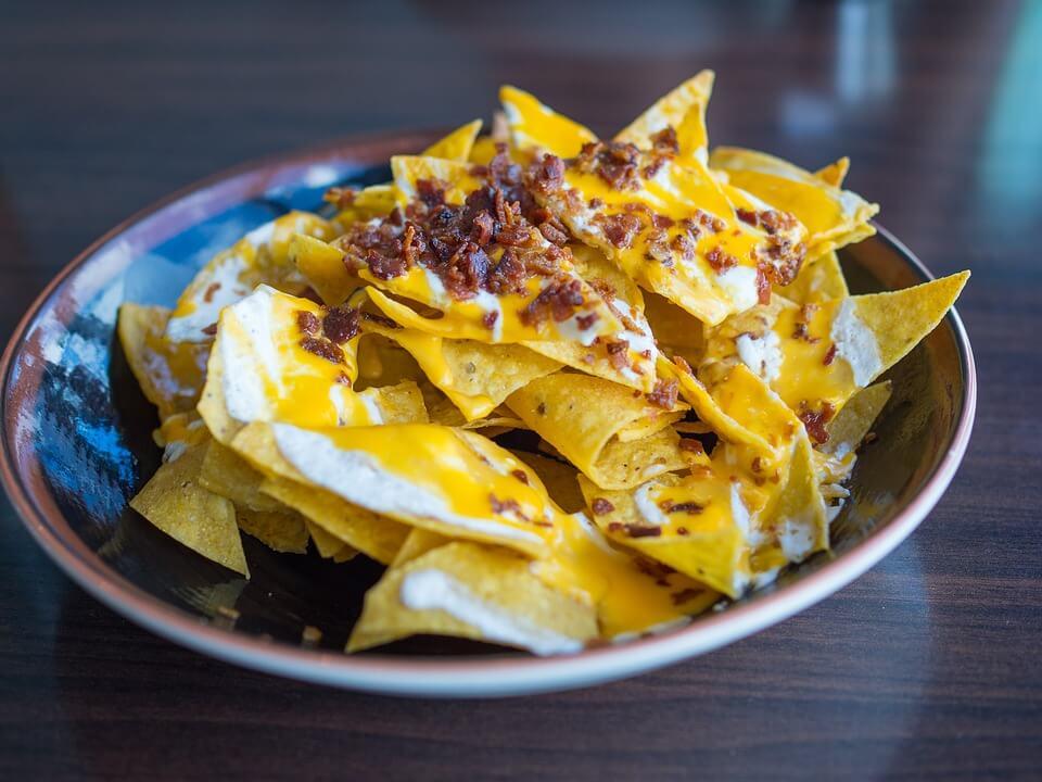 best way to reheat nachos