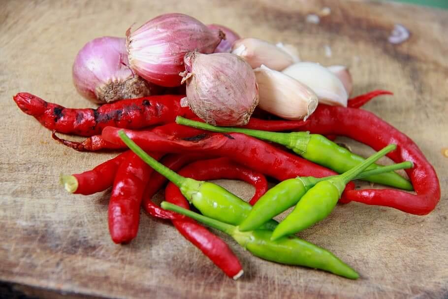 condiment-onion-chilli-raw-sauce-chili-pictures
