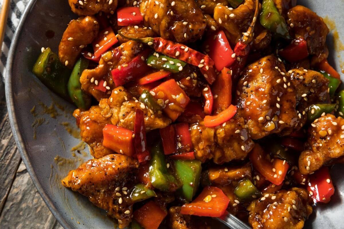 Hunan vs Szechuan Chicken