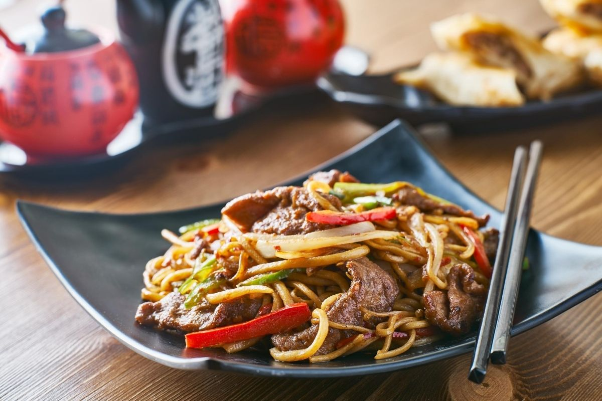 Chow Mein Vs Chop Suey What Is The Difference