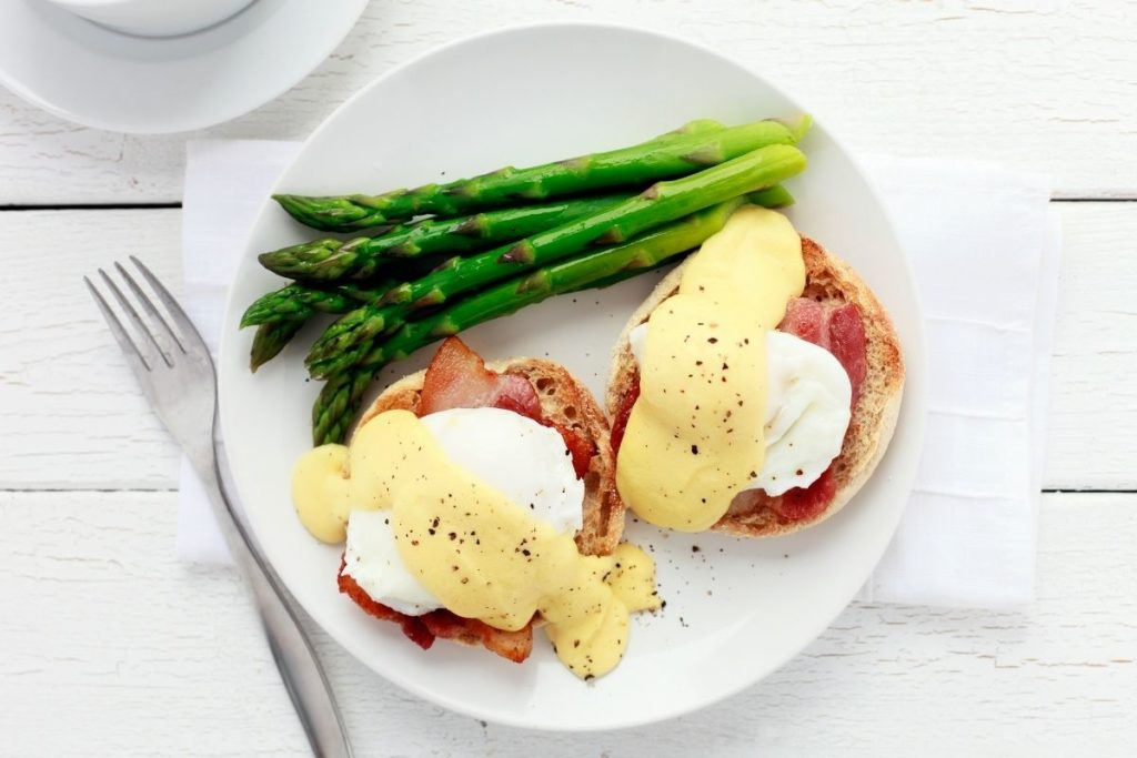 Roasted Asparagus - What to Serve with Eggs Benedict