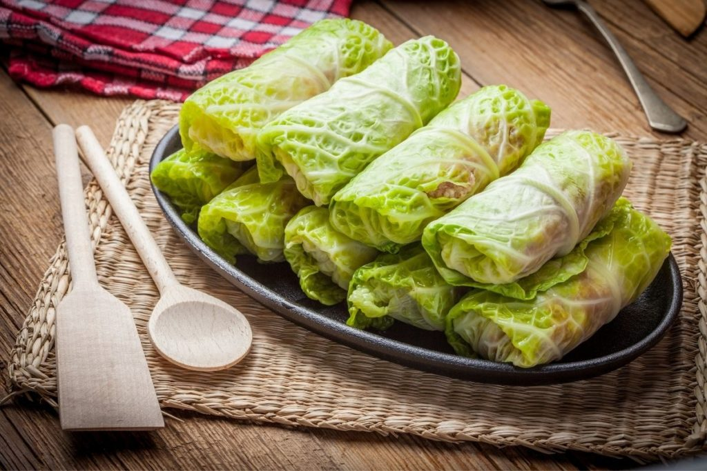 Best Sides to Serve with Cabbage Rolls