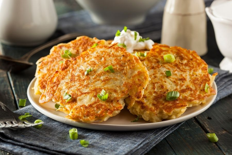 Best Sides to Serve with Potato Pancakes