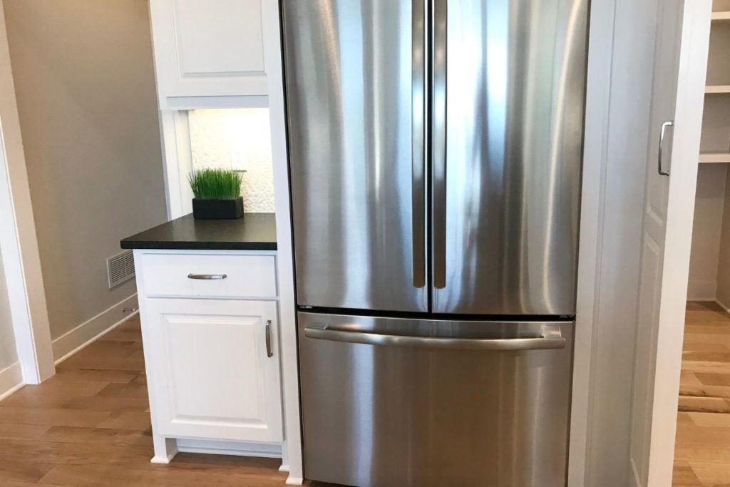 How Long Do You Have to Wait to Put Food in a New Refrigerator