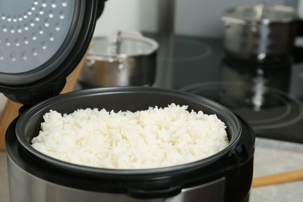 How Long Does It Take for Rice to Cook in a Rice Cooker