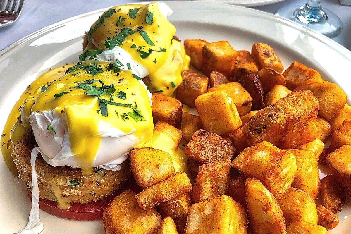 Potatoes with Eggs Benedict