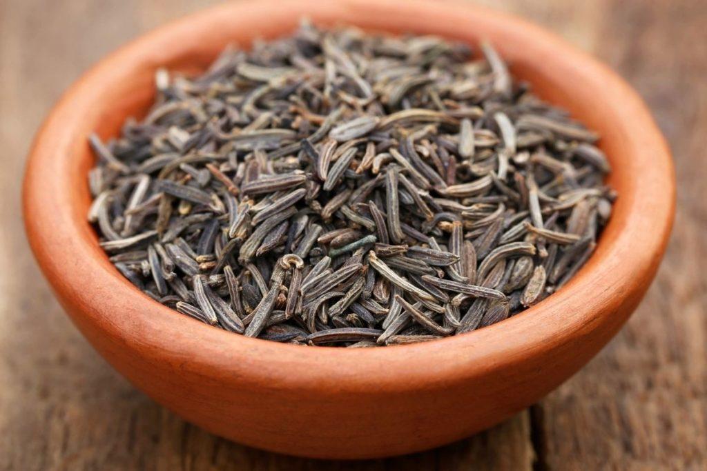 Caraway Seeds and Tarragon