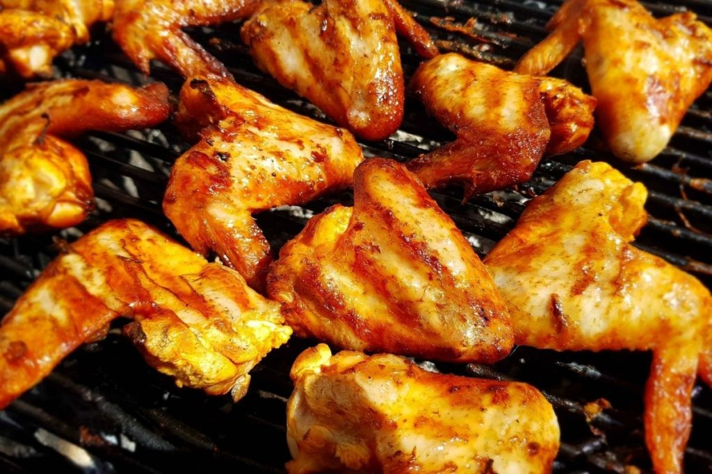 How To Reheat Chicken Wings using a Grill