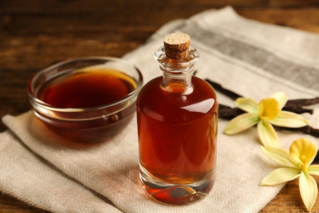 Vanilla Extract - Almond Extract Substitute