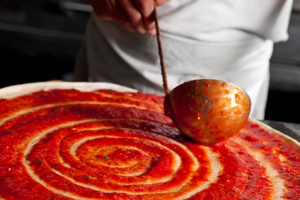 Pizza sauce on Pizza