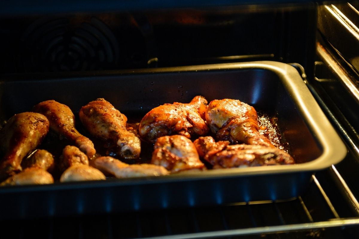 Reheat Chicken Wings Using Toaster Oven