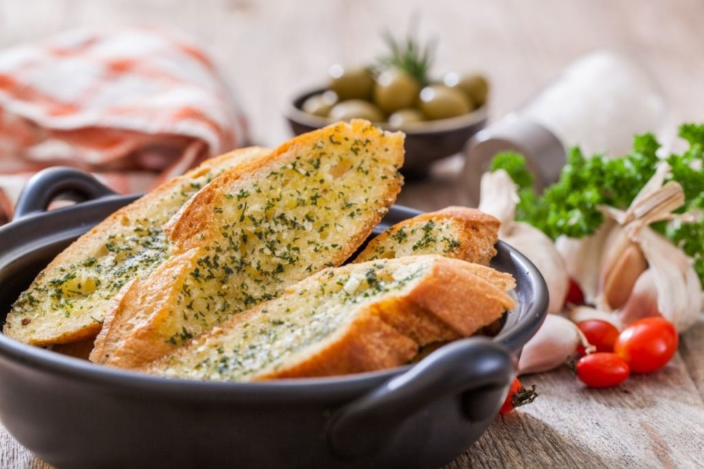 Bread - Sides For Chicken Parmesan