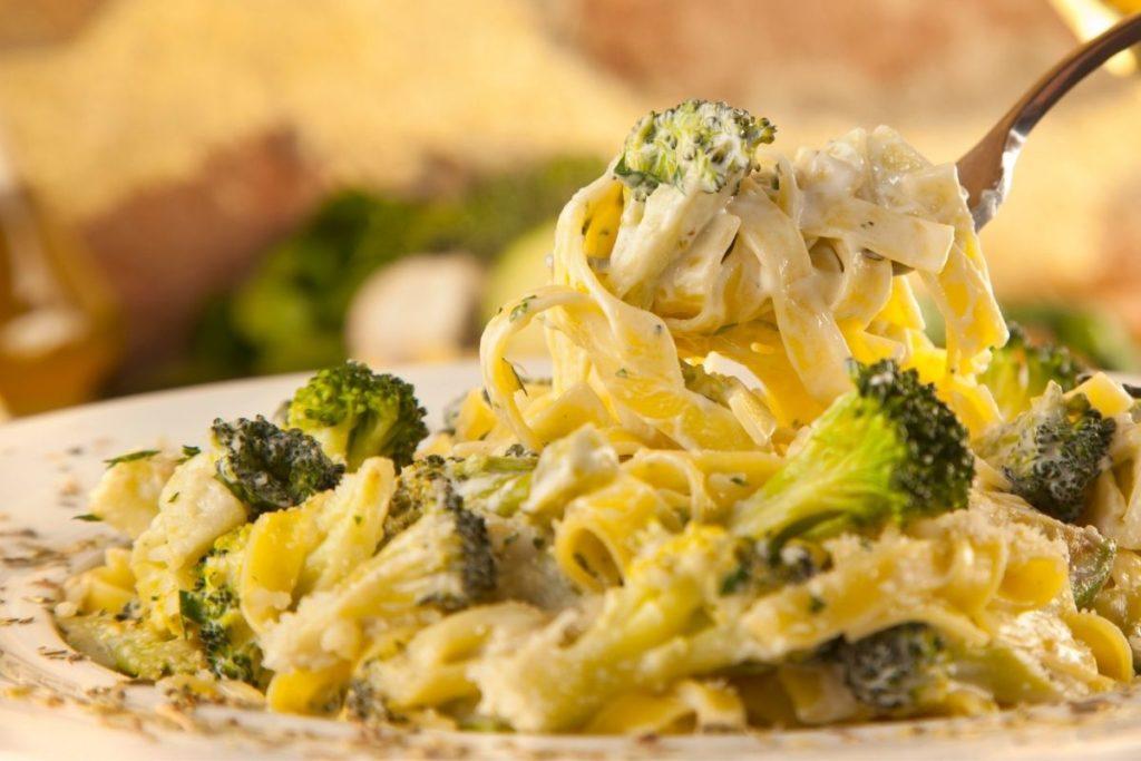 Broccoli - Side Dishes For Chicken Alfredo