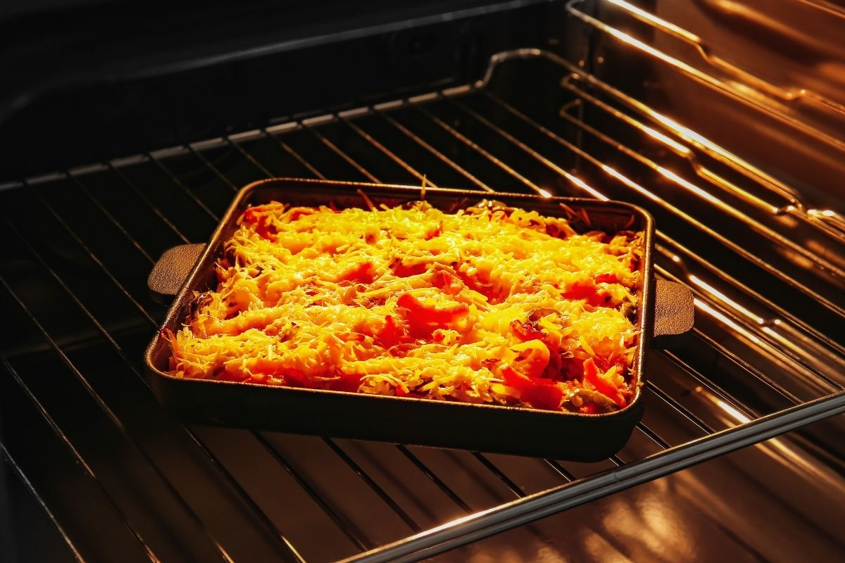 How to reheat casserole in oven