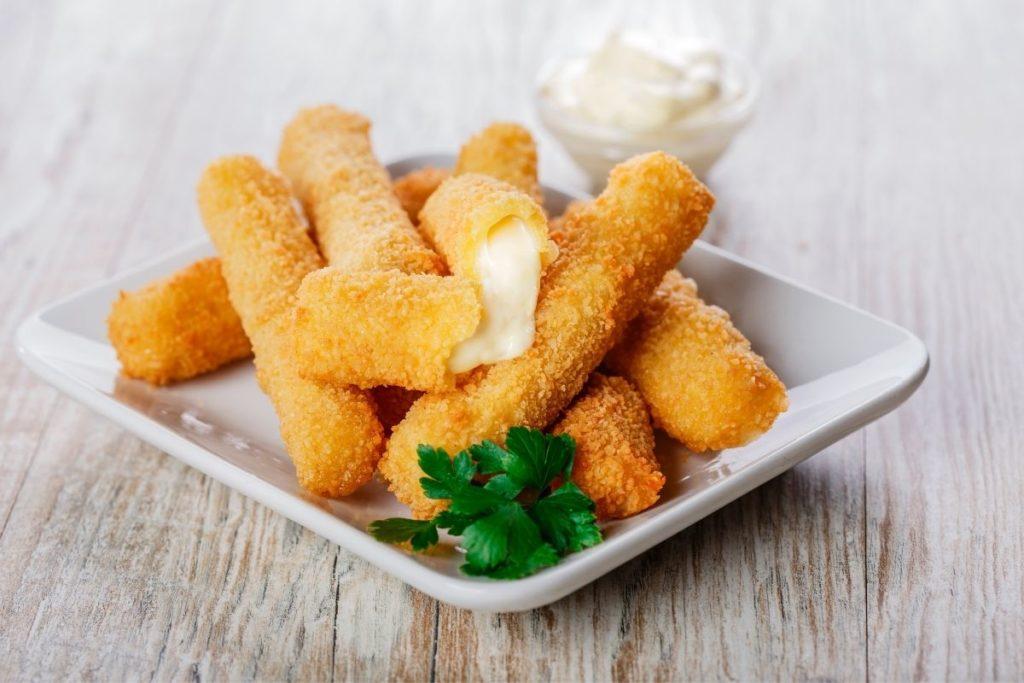 Mozzarella Sticks -What To Eat With Tomato Soup
